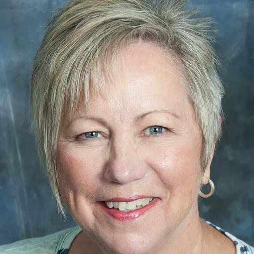 Rev. Robyn Holt, Spiritual Leader